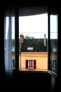 WINDOW, CHARTES