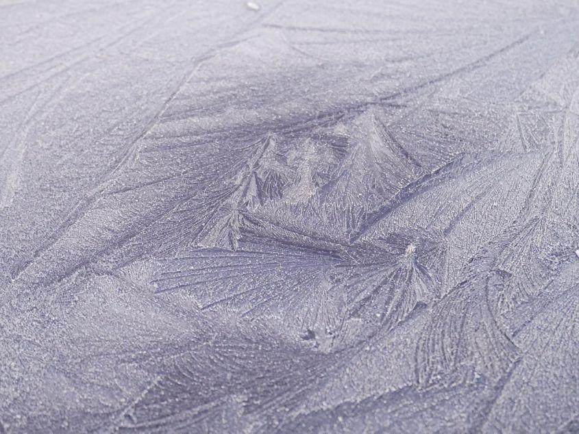Frosty Shapes on Car