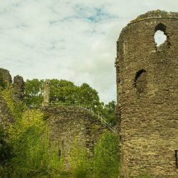 Grosmont Castle 2 by Jackie Poulter