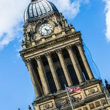 Town Hall Clock Tower Leeds (tilt)