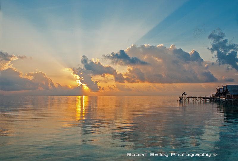 Kapalai Sunrise, Malaysia