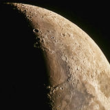 Moon 28 March