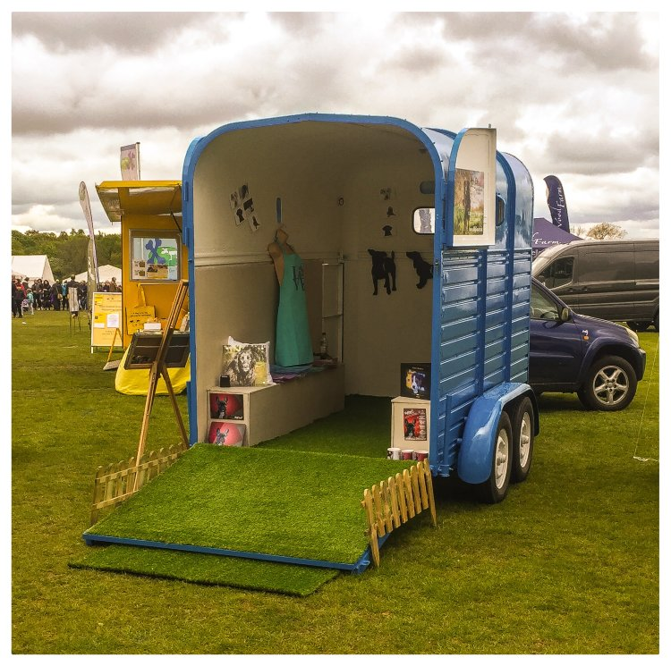 In Spring 2017, we were extremely proud to launch the MyPaw Mobile Studio and Showroom, travelling around to shows around both Suffolk and Essex. Please pop in and say hello if you spot us out and about!