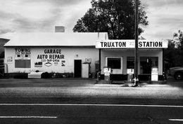 Gasoline station with memorial, Truxton, AZ
