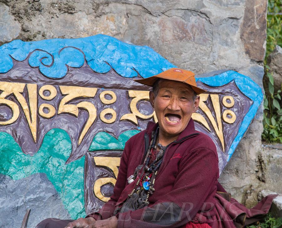 Mani stone chipper's smile