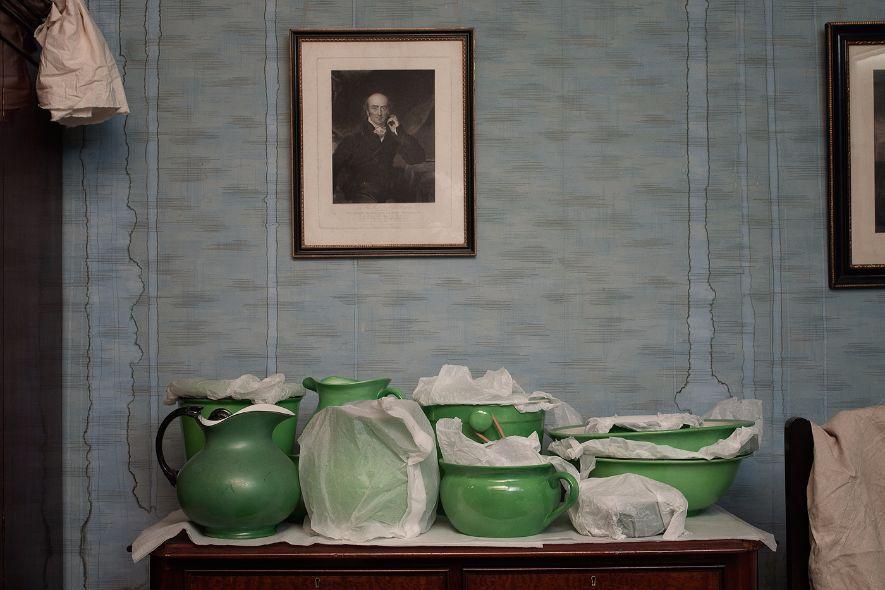 NT Tyntesfield, Green jugs