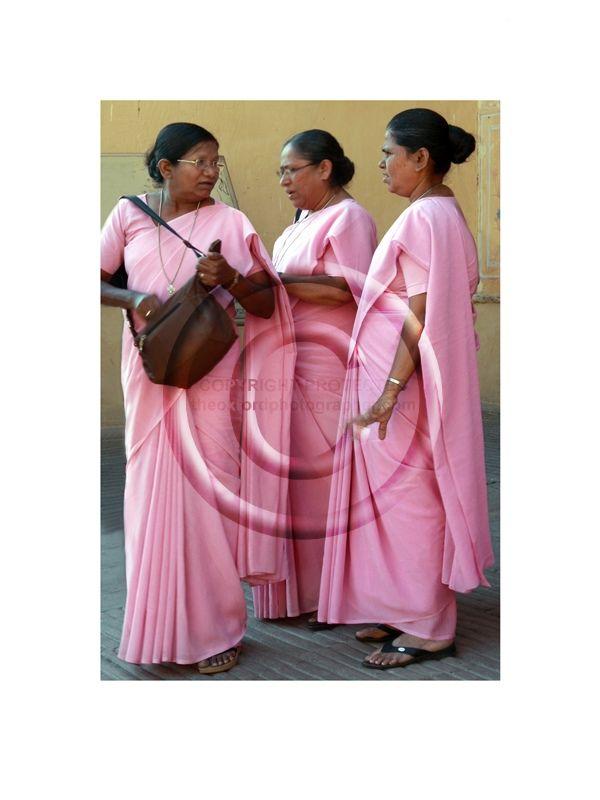 313 Pink Sari's