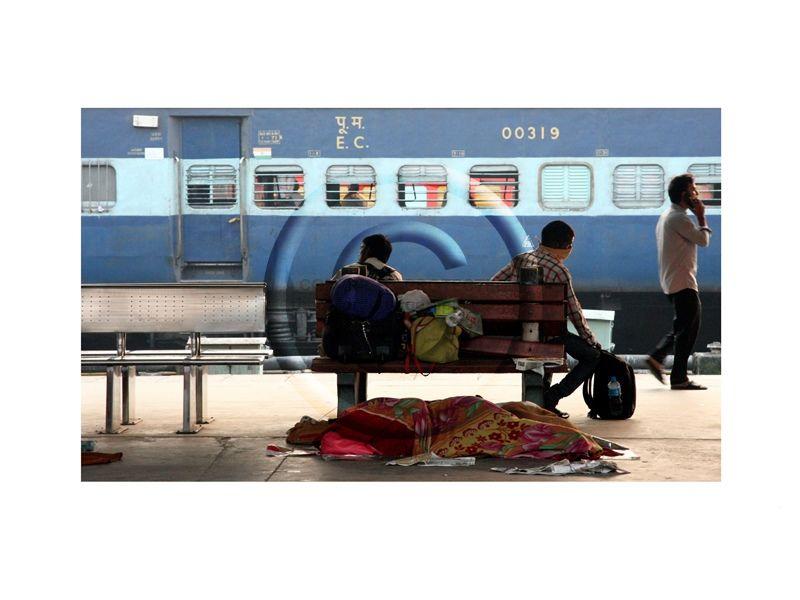 561 Delhi Platform