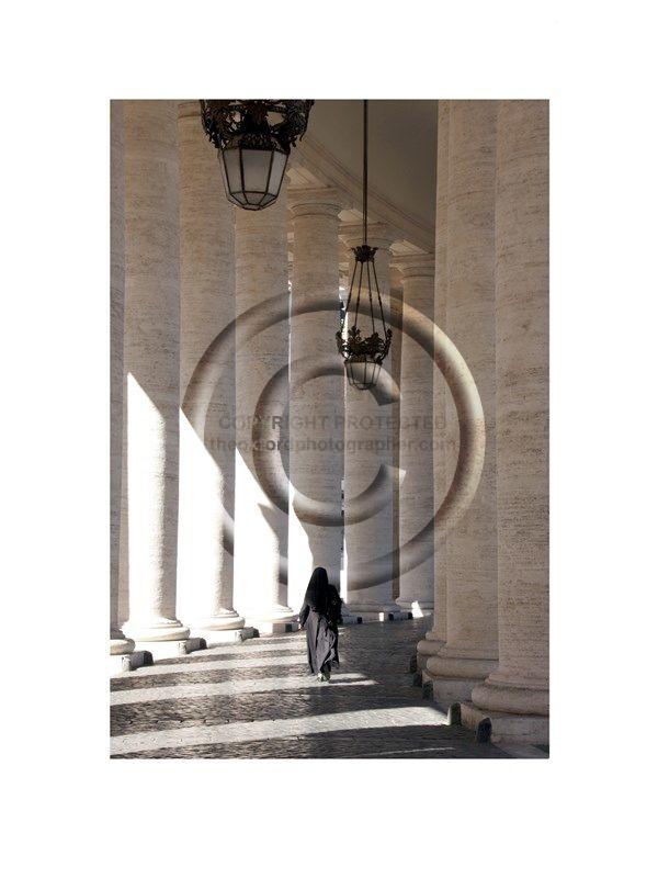ITA Nun Vaticano