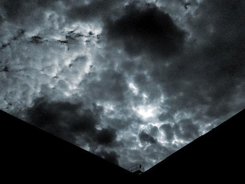 Dark storm (Clikpic 800)