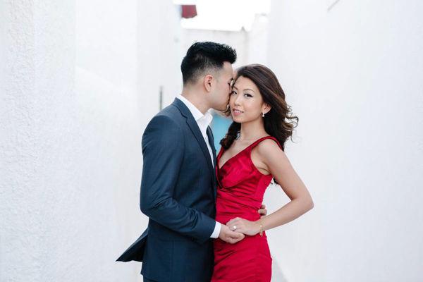 asian engagement photo session in santorini