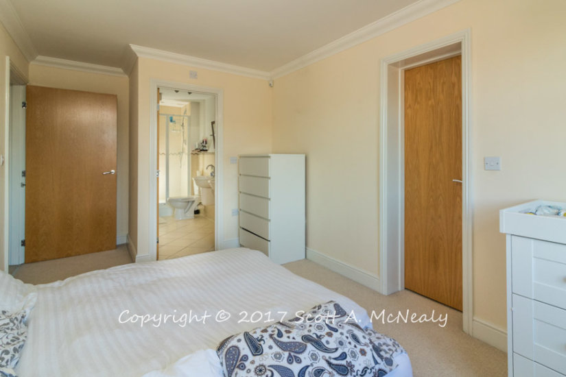 Property Photography Master Bedroom and En Suite Toilet example