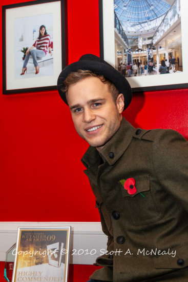 Olly Murs backstage before performing at The Chimes Uxbridge Christmas Lights Switch-on 2010