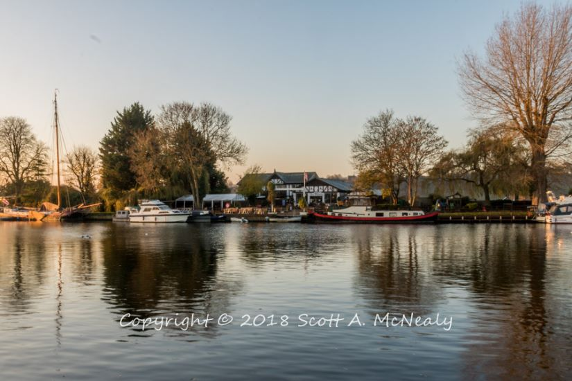 The Bounty Pub-from Bourne End Marina-8236