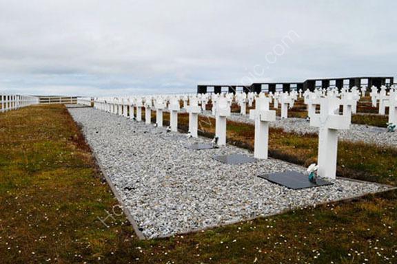 Argentine Cemetery Nr.Darwin 0015