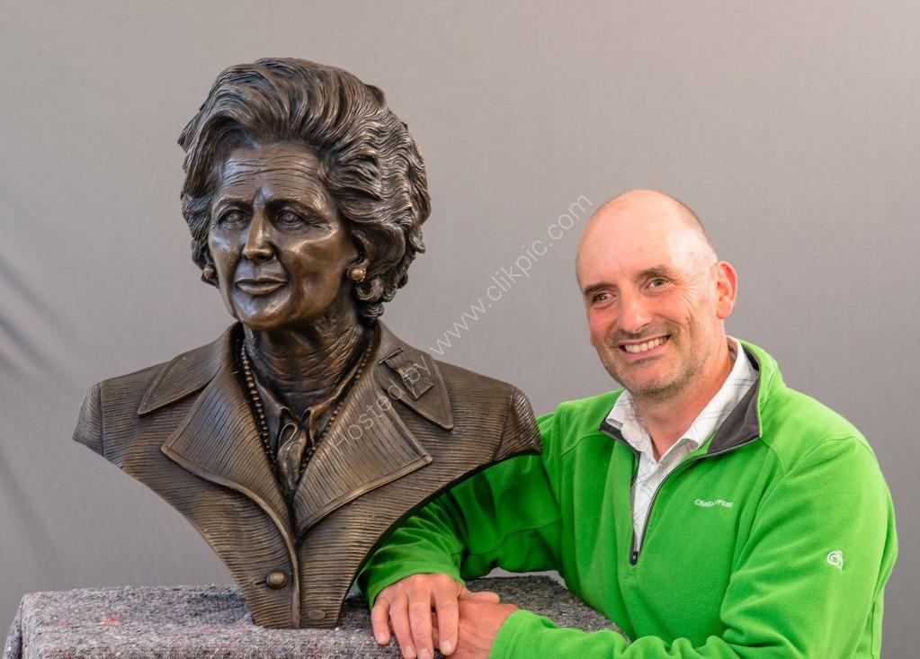 Thatcher Sculpture 3973