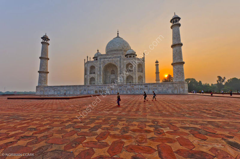 DSC1830 Sunrise-The Taj Mahal