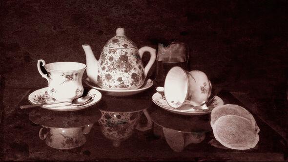 Tea  for  two Graham Nicholls