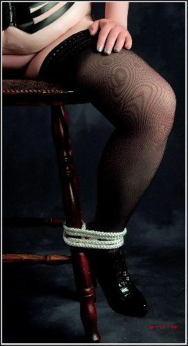 Serena - Leg tied