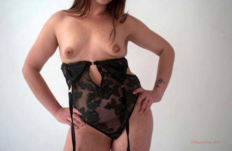 Lou - Topless