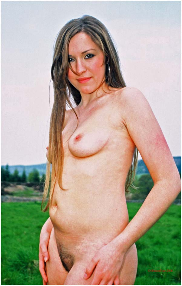Sharon - Nude in the countryside
