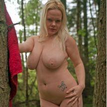 Jas - Outdoor nude