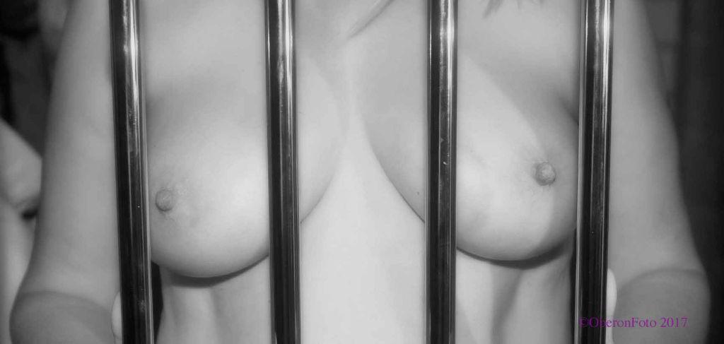 Muse - Behind bars