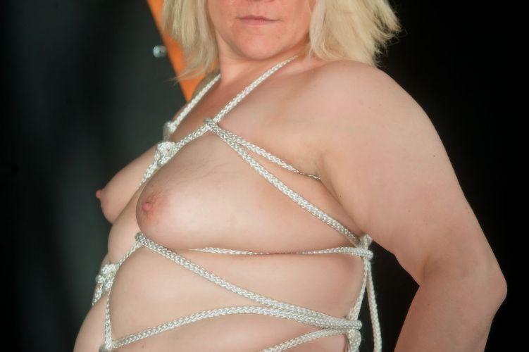 Tan - Boobs n rope