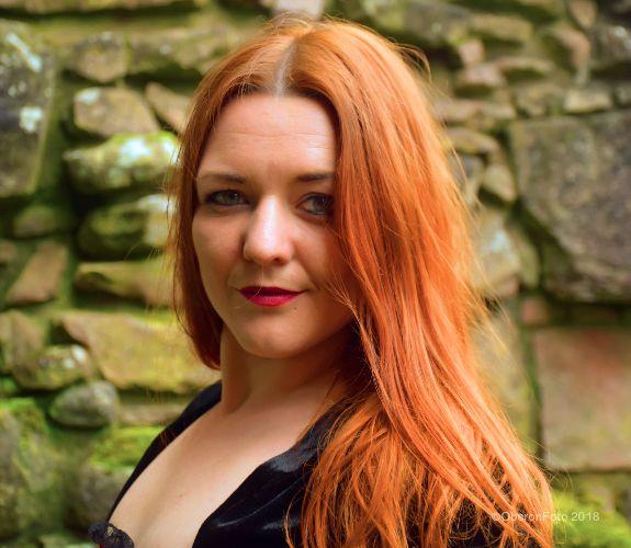 Lou - Fiery redhead