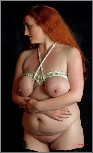 Serena - Sexy kinky redhead