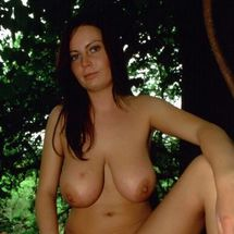 Alexis May - Chilled out nudist