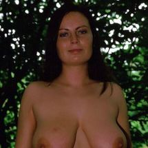 Alexis May - Happy naturist