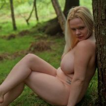 Jas - Forest nude