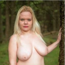 Jas - Self-confident nude