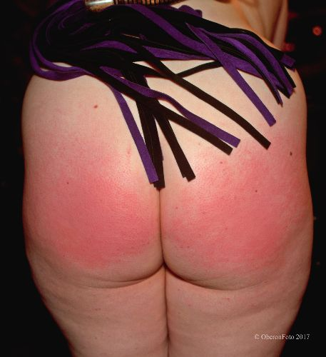 Lucy - Flogger and arse