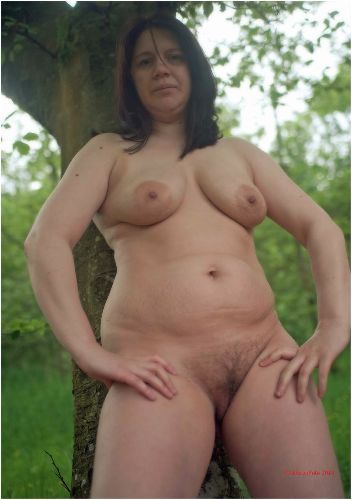 Lucy - Amazonian lady in nature