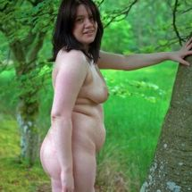 Lucy - Happy in her nakedness