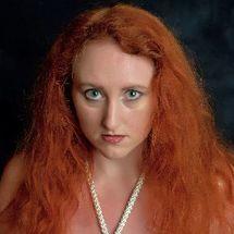 Serena - Kinky redhead
