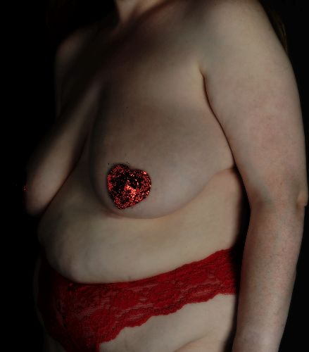 BBW Willow - Red heart nipple