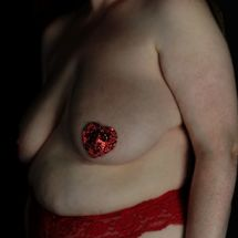 BBW Willow - Red heart nipple