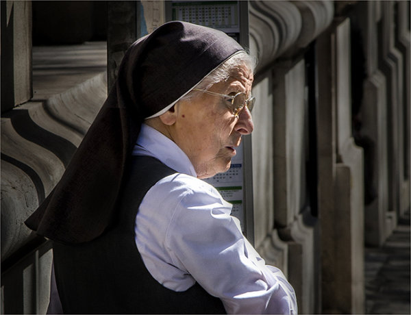 Nun in Marseille