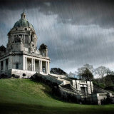 Rainy day at Ashton memorial