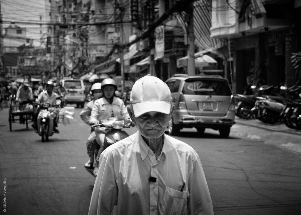 Walking in my street - Hô Chi Minh - 2012