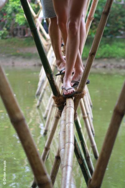 Crossing the river - Hô Chi Minh - Vietnam - 2012