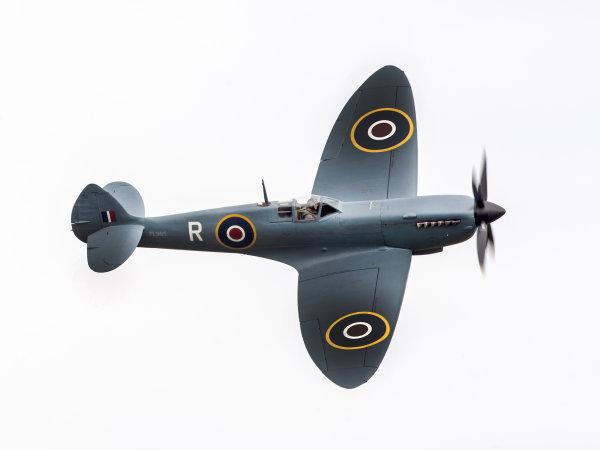 Spitfire PL965