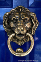 Old-fashioned knocker