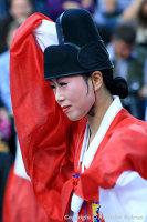 TRADITIONAL KOREAN DANCER AT TOTALLY THAMES FESTIVAL