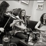 Inis Oirr Sept 2013  The Murphy Sisters play in Tigh Ruairi's