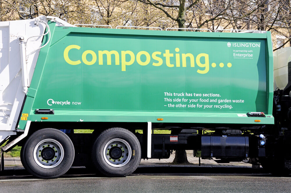Composting lorry