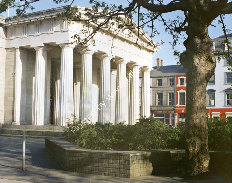 100 Dundalk Court House
